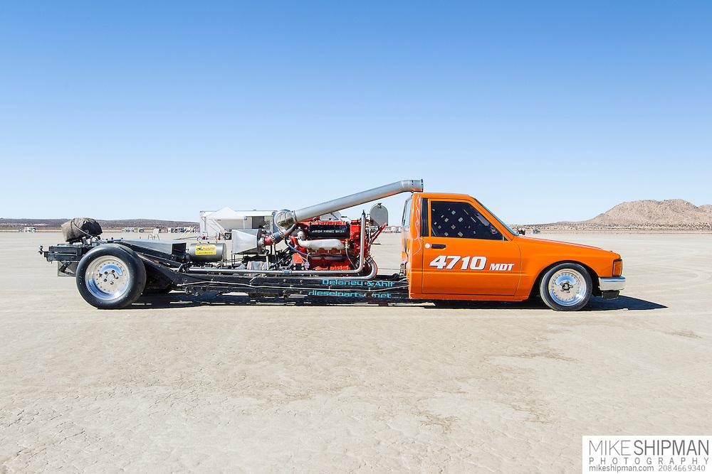 Salt Toy, 4710,  eng U, body MDT, driver Jim Dunn, 178.049 mph, previous record 178.826