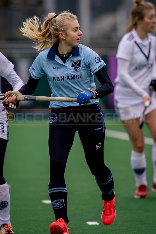 LAREN -  Hockey Hoofdklasse Dames: Laren v Pinoké, seizoen 2020-2021. Foto: Invalster Laren (nr 24)