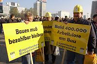 07 NOV 2002, BERLIN/GERMANY:<br /> Demonstraten mit Schildern, Demonstration gegen die Kuerzung der Eigenheimzulage, am Startpunkt Alexanderplatz<br /> IMAGE: 20021107-01-001<br /> KEYWORDS: Demo, Bau, Baugewerbe, Kürzung, Demostrant, demonstrator, Subventionen