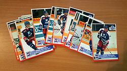 Hvidovre Ishockey<br /> <br /> Officielle Danske Hockey Trading Card. <br /> <br /> 1998-1999 Komplet Danske Ishockey Kort 228 stk.<br /> <br /> 113. Andrejs Zinkovs<br /> 114. Thomas Ingvordsen<br /> 115. Konstantin Grigorjevs<br /> 116. Morten Rasmussen<br /> 117. Rasmus Jakobsen<br /> 118. Thor Dresler<br /> 119. Tom Dibbern<br /> 120. Ronni Thomassen<br /> 121. Christian Fabricius<br /> 122. Brian Schultz<br /> 123. Filip Faurholm<br /> 124. Sergejs Cubars<br /> 125. Peter F. Hansen<br /> 126. Johan Marklund<br /> 127. Dennis Olsson<br /> 128. Torben Schultz<br /> 129. Kenneth Madsen<br /> 130. Ulrich Hansen<br /> 131. René Sloth<br /> 132. Jesper Andersen<br /> 133. Aigals Razgals<br /> 134. Yuri Agureikin<br /> <br /> Begrænset komplet sæt på lager. Kontakt: mail@nhcfoto.dk eller tlf. 40277826