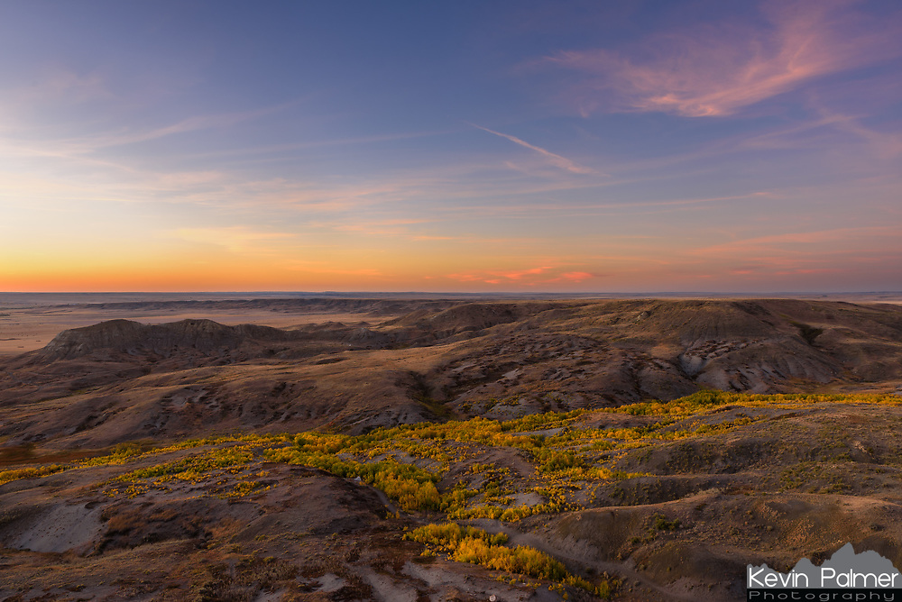 Grasslands National Park is located in Southern Saskatchewan right next to the Montana border. They are known as Land of the Living Skies, and Big Sky Country respectively, and it's easy to see why. This was the view from the top of 70 Mile Butte outside of Val Marie.