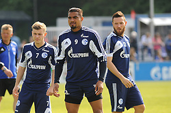 24.04.2014, Veltins Arena, Gelsenkirchen, GER, 1. FBL, Training Schalke 04, im Bild V.l.n.r. Max Meyer, Kevin Prince Boateng und Marco Hoeger ( alle Schalke 04 ) // during a Trainingsession of German Bundesliga Club Schalke 04 at the Veltins Arena in Gelsenkirchen, Germany on 2014/04/24. EXPA Pictures © 2014, PhotoCredit: EXPA/ Eibner-Pressefoto/ Thienel<br /> <br /> *****ATTENTION - OUT of GER*****
