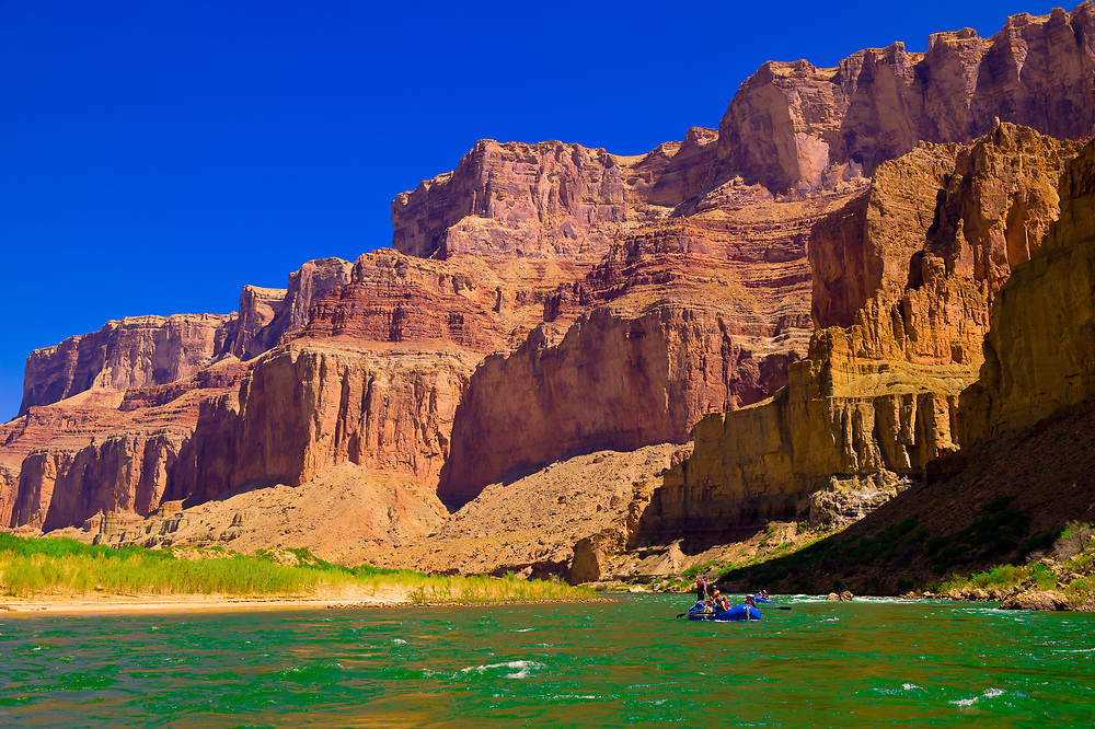 Whitewater rafting trip (oar trip) on the Colorado River in Marble Canyon, Grand Canyon National Park, Arizona USA