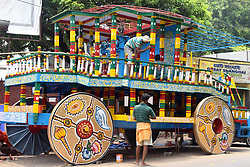 June 23, 2017 - Kolkata, West Bengal, India - Artisan busy to paints Ratha or Chariot ahead of Ratha Yatra Festival or Car Festival at ISKCON Kolkata office. (Credit Image: © Saikat Paul/Pacific Press via ZUMA Wire)