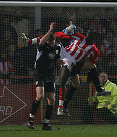 Photo: Mark Stephenson.<br />Cheltenham Town v Bristol City. Coca Cola League 1. 23/12/2006.<br />Cheltenham;s Damian Spencer attack's City's goal.