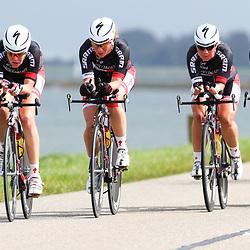 Brainwash Ladiestour Dronten Team Time Trail Specialized-DPD-SRAM met Marissa Otten, Binaca van der Hoek, Kim de Baat, Sandra van Veghel