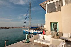 Rodi Garganico (FG) aprile 2013.Il nuovo porto turistico di Rodi Garganico, ospita diverse attività commerciali, tra cui ristoranti e bar...La Marina di Rodi Garganico è un porto turistico situato a Rodi Garganico, nel litorale settentrionale del Promontorio del Gargano, all'interno del territorio dell'omonimo parco nazionale..Dista 30 miglia dalle isole di Lagosta e 62 miglia da Curzola, costituendo il porto italiano più vicino alle coste croate con cui è collegato con un traghetto.