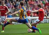 Sam Winnall of Barnsley fires home the equaliser against Shrewsbury Town during the Sky Bet League 1 match at Oakwell, Barnsley<br /> Picture by Graham Crowther/Focus Images Ltd +44 7763 140036<br /> 05/09/2015