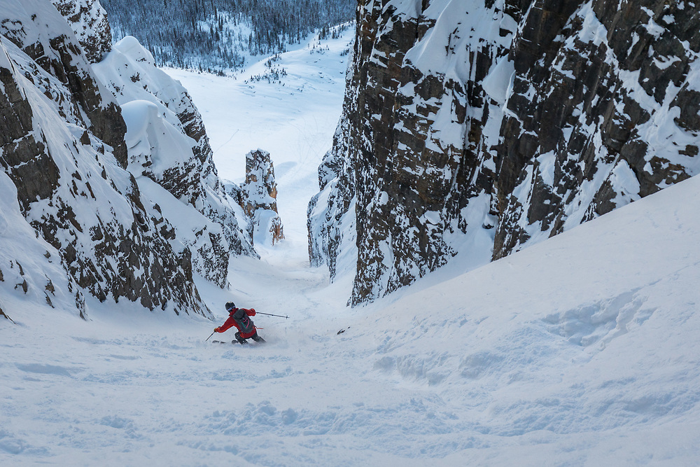 Taylor Sullivan skiing Grand Daddy Couloir on Bow Peak in the Canadian Rockies, Alberta, Canada