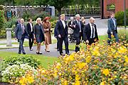 Koning Willem Alexander en koningin Maxima zijn bij een bijeenkomst verduurzaming landbouwsector in Botanical<br /> Gardens tijdens de tweede dag van het staatsbezoek aan Ierland. <br /> <br /> King Willem Alexander and Queen Maxima are at a meeting to make the agricultural sector sustainable in Botanical Gardens during the second day of the state visit to Ireland.