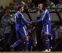 Photo: Paul Thomas.<br /> Bolton Wanderers v Chelsea. The Barclays Premiership. 29/11/2006.<br /> <br /> Andriy Shevchenko (L) of Chelsea comes off for Salomon Kalou.