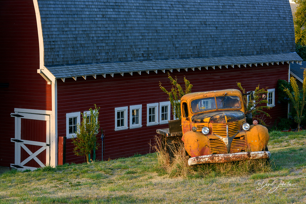 Red barn and derelict truck, Hwy 272 between Colfax and Palouse, Washington, USA