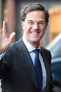 Zijne Majesteit Koning Willem-Alexander en Hare Majesteit Koningin Máxima houden de traditionele Nieuwjaarsontvangst voor Nederlandse genodigden in het Koninklijk Paleis Amsterdam met de aankomst van politici<br /> <br /> op de foto:    Mark Rutte