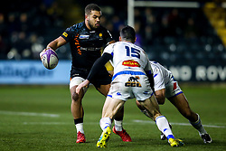 Ollie Lawrence of Worcester Warriors takes on Geoffrey Palis of Castres Olympique - Mandatory by-line: Robbie Stephenson/JMP - 17/01/2020 - RUGBY - Sixways Stadium - Worcester, England - Worcester Warriors v Castres Olympique - European Rugby Challenge Cup