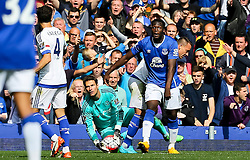 Everton's Romelu Lukaku appeals for a pass back - Mandatory byline: Matt McNulty/JMP - 07966386802 - 12/09/2015 - FOOTBALL - Goodison Park -Everton,England - Everton v Chelsea - Barclays Premier League