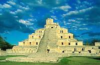 Mexique, Campeche, Site Maya de Edzna. // Mexico, Campeche state, Maya site of Edzna.