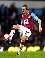 Fotball<br /> England<br /> Foto: Colorsport/Digitalsport<br /> NORWAY ONLY<br /> <br /> Lee Bowyer ( West Ham )  West Ham United Vs Arsenal at Upton Park Barclays Premiership. 26/10/2008.