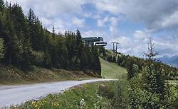 THEMENBILD - die Bergstation der Maiskogelbahn im Sommer, aufgenommen am 24. Mai 2020 in Kaprun, Oesterreich // the top station of the Maiskogelbahn in summer, in Kaprun, Austria on 2020/05/24. EXPA Pictures © 2020, PhotoCredit: EXPA/Stefanie Oberhauser