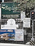 Por entre campasencontra se um pouco de tudo publicidade a hoteis e restaurantes sinais luminosos e muito mais...