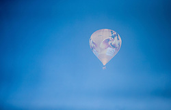 11.02.2015, Zell am See - Kaprun, AUT, BalloonAlps, im Bild ein Heissluftballon in der Luft im Nebel // BalloonAlps, The Alps Crossing Event balloonalps is Austria's international Winter balloon week in front of the backdrop of the Hohe Tauern, Zell am See Kaprun on 2015/02/11, . EXPA Pictures © 2014, PhotoCredit: EXPA/ JFK
