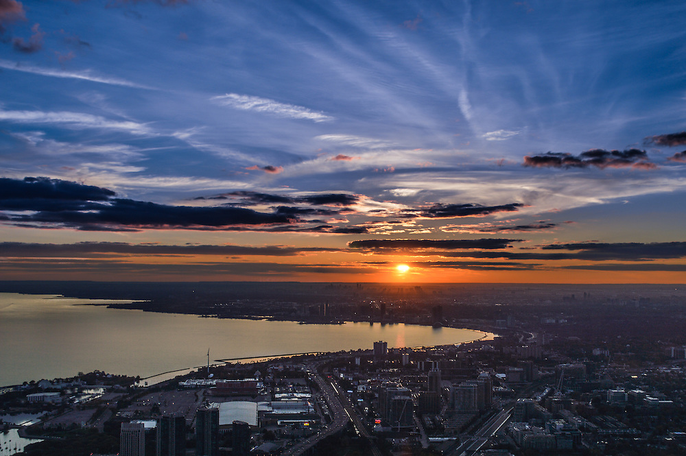 A wonderful sunset over the city of Toronto as taken from the CN Tower.