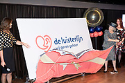 Hare Koninklijke Hoogheid Prinses Beatrix der Nederlanden onthult woensdag 12 december 2018 de nieuwe naam van Sensoor, de landelijke luisterlijn in het Nederlands Instituut voor Beeld en Geluid in Hilversum. <br /> <br /> Her Royal Highness Princess Beatrix of the Netherlands will reveal the new name of Sensoor, the national listening line at the Netherlands Institute for Sound and Vision in Hilversum, on Wednesday December 12, 2018.