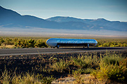 De ochtendruns op de zesde racdedag. In Battle Mountain (Nevada) wordt ieder jaar de World Human Powered Speed Challenge gehouden. Tijdens deze wedstrijd wordt geprobeerd zo hard mogelijk te fietsen op pure menskracht. De deelnemers bestaan zowel uit teams van universiteiten als uit hobbyisten. Met de gestroomlijnde fietsen willen ze laten zien wat mogelijk is met menskracht.<br /> <br /> In Battle Mountain (Nevada) each year the World Human Powered Speed Challenge is held. During this race they try to ride on pure manpower as hard as possible.The participants consist of both teams from universities and from hobbyists. With the sleek bikes they want to show what is possible with human power.