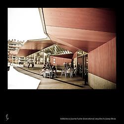 "Biblioteca ""Jaume Fuster"". Barcelona<br /> Arquitecto Josep Llinás"
