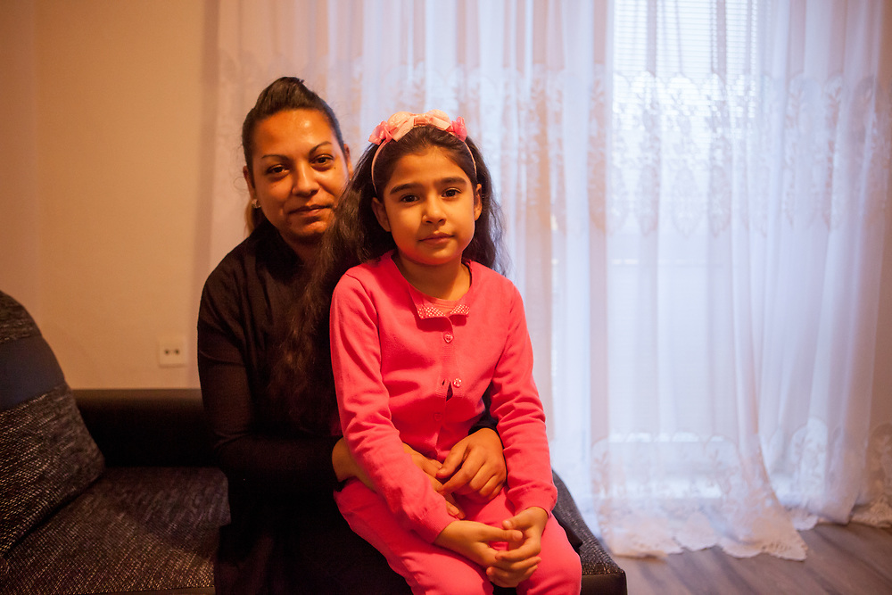 Portrait of mother Zdenka (30) with her daughter Aneta (6) during a meeting with volunteers and mothers with their children for consultation and data collection regarding school enrolments in Ostrava. The meeting was in a volunteers flat.