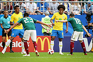 Willian of Brazil and Jesus Gallardo, Andres Guardado of Mexico during the 2018 FIFA World Cup Russia, round of 16 football match between Brazil and Mexico on July 2, 2018 at Samara Arena in Samara, Russia - Photo Thiago Bernardes / FramePhoto / ProSportsImages / DPPI