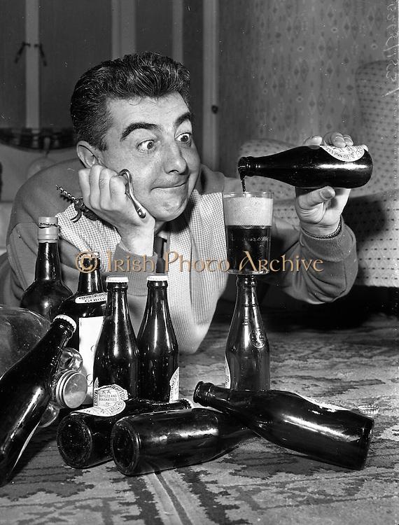Milo O'Shea's New Year's Resolutions.30/12/1959