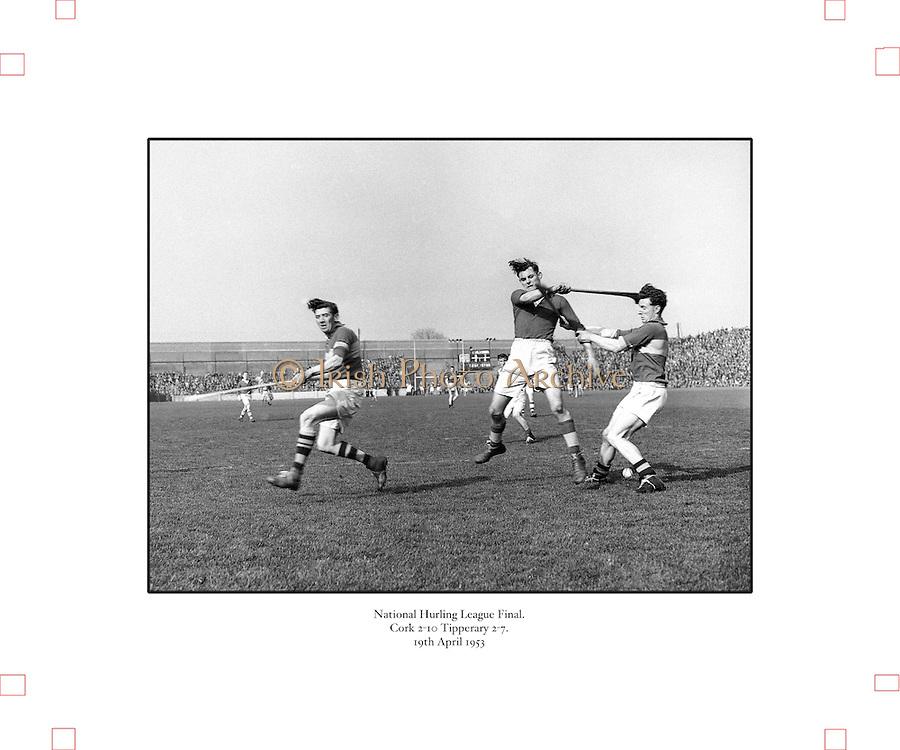 179/2528-2533..-Senior Hurling Tipperary Team in Croke Park..19 April 1953.National Hurling League Final.Cork 2-10  Tipperary 2-7