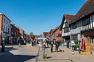 Day trippers and tourists head to Stratford upon Avon