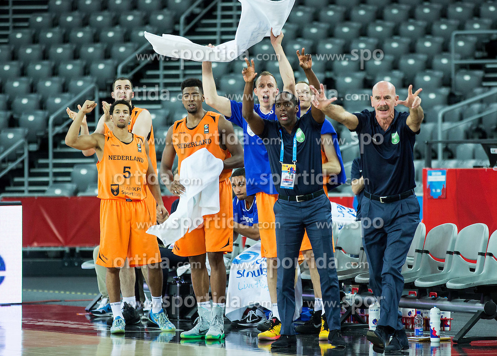 Toon van Helfteren, head coach of Netherlands and players react during basketball match between Slovenia vs Netherlands at Day 4 in Group C of FIBA Europe Eurobasket 2015, on September 8, 2015, in Arena Zagreb, Croatia. Photo by Vid Ponikvar / Sportida
