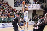 DESCRIZIONE : Trofeo Meridiana Dinamo Banco di Sardegna Sassari - Olimpiacos Piraeus Pireo<br /> GIOCATORE : Yuki Togashi<br /> CATEGORIA : Tiro Tre Punti Three Point<br /> SQUADRA : Dinamo Banco di Sardegna Sassari<br /> EVENTO : Trofeo Meridiana <br /> GARA : Dinamo Banco di Sardegna Sassari - Olimpiacos Piraeus Pireo Trofeo Meridiana<br /> DATA : 16/09/2015<br /> SPORT : Pallacanestro <br /> AUTORE : Agenzia Ciamillo-Castoria/L.Canu