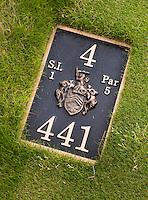 BALMEDIE - Aberdeenshire - Schotland. Trump International Golf Links. Hole 4.hole marker bord.  COPYRIGHT KOEN SUYK