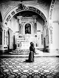 Noicattaro - Giovedi Santo. Penitenza di un crocifero.