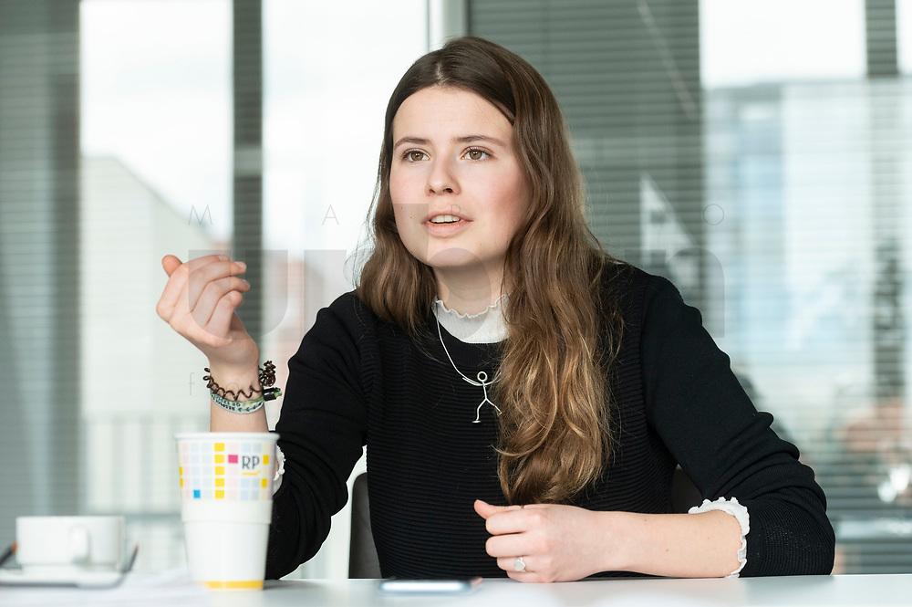 12 MAR 2020, BERLIN/GERMANY:<br /> Luisa Neubauer, Klimaschutzaktivistin, Fridays for Future, waehrend einem Interview, Redaktion Rheinische Post<br /> IMAGE: 20200312-01-064