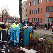 Ongeval met beknelling Huizermaatweg voor het gebouw van 3VO