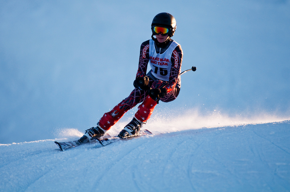 Matt Dixon   The Flint Journal..Phil Klick from Grand Blanc High School competes in the Giant Slalom during the Mt Holly Divisional Ski Meet, Thursday, Feb. 10.