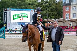 BETTENDORF Charlotte (LUX), Raia d´Helby<br /> Münster - Turnier der Sieger 2019<br /> Siegerehrung<br /> BRINKHOFF'S NO. 1 -  Preis<br /> CSI4* - Int. Jumping competition  (1.50 m) -<br /> 1. Qualifikation Grosse Tour <br /> Large Tour<br /> 02. August 2019<br /> © www.sportfotos-lafrentz.de/Stefan Lafrentz