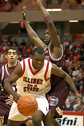 18 January 2004  Marcus Arnold ducks past the opponents.  Illinois State University Redbirds host the Southwest Missouri State Bears at Redbird Arena in Normal IL