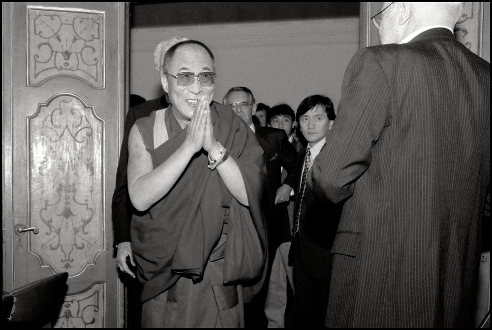 The 14th Dalai Lama attended a meeting in New York on October 11, 1991.