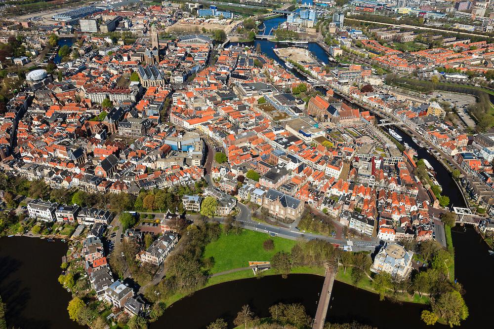 Nederland, Overijssel, Zwolle, 01-05-2013; zuidelijk deel van de binnenstad met water van het Singel (Wilhelminasingel, Potgietersingel) en zicht op Groot Wezenland. De singel is onderdeel van de bij voormalige vesting<br /> Southern part inner-city Zwolle, the water is part of the former fortress.<br /> luchtfoto (toeslag op standaardtarieven);<br /> aerial photo (additional fee required);<br /> copyright foto/photo Siebe Swart.