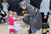 Streekbezoek Koningin Beatrix aan Flevoland.<br /> <br /> Aankomst bij de Creative Campus in Almere