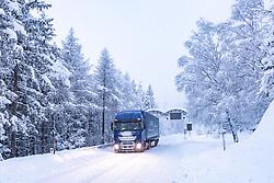 THEMENBILD - Ein LKW an der Felbertauernstrasse bei Matrei aufgenommen am Samstag, 5. Dezember 2020, in Osttirol. Der Winter macht sich in Teilen Österreichs mit enormen Schnee- und Regenmengen bemerkbar. In Osttirol und Oberkärnten ist von Freitag auf Samstag die Schneedecke um rund 50 bis 70 Zentimeter gewachsen. Mancherorts herrschte rote und damit höchste Wetterwarnung // A truck on the Felbertauernstrasse near Matrei, taken on Saturday, December 5, 2020, in East Tyrol. The winter is making itself felt in parts of Austria with enormous amounts of snow and rain. In East Tyrol and Upper Carinthia, the snow cover has grown by about 50 to 70 centimeters from Friday to Saturday. In some places there were red and therefore highest weather warnings. EXPA Pictures © 2020, PhotoCredit: EXPA/ Johann Groder