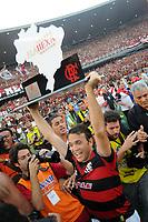 20091206: RIO DE JANEIRO, BRAZIL - Flamengo vs Gremio: Brazilian League 2009 - Flamengo won 2-1 and celebrated the 6th Brazilian Championship of its history. In picture: Petkovic (Flamengo) celebrating victory. PHOTO: Andre Durao/CITYFILES