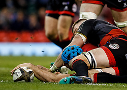 Scarlets' Tadhg Beirne scores his sides fourth try<br /> <br /> Photographer Simon King/Replay Images<br /> <br /> Guinness PRO14 Round 21 - Dragons v Scarlets - Saturday 28th April 2018 - Principality Stadium - Cardiff<br /> <br /> World Copyright © Replay Images . All rights reserved. info@replayimages.co.uk - http://replayimages.co.uk