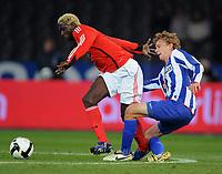 Fotball<br /> Tyskland<br /> Foto: Witters/Digitalsport<br /> NORWAY ONLY<br /> <br /> 23.10.2008<br /> <br /> v.l. Augustin Binya, Fabian Lustenberger Berlin<br /> <br /> UEFA-Cup Hertha BSC Berlin - Benfica Lisboa