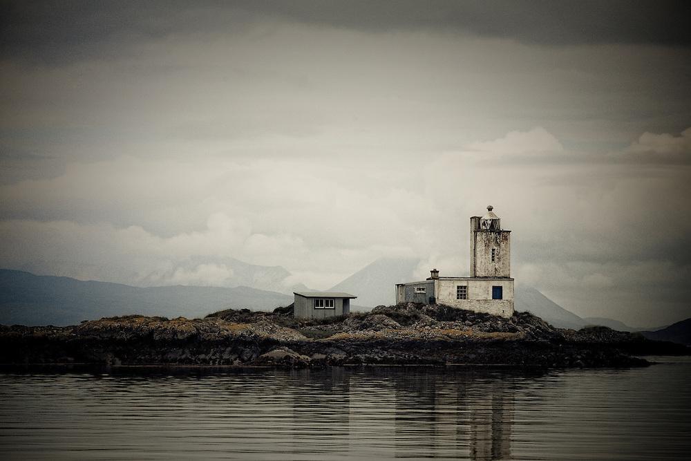 Eilean a' Chait lighthouse on Loch Caron
